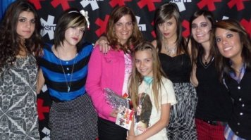 Meeting the KSM girls with my mom 2009
