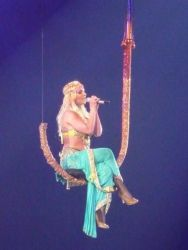 Britney Spears 09 - Everytime (7)