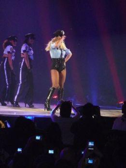 Britney Spears 18 - Womanizer (2)