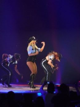 Britney Spears 18 - Womanizer (3)